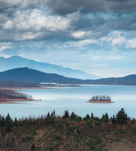 Découvrir paysages sauvage en Grèce avec TourCom